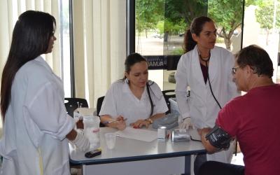 Sindicato dos médicos faz blitz em unidades de saúde